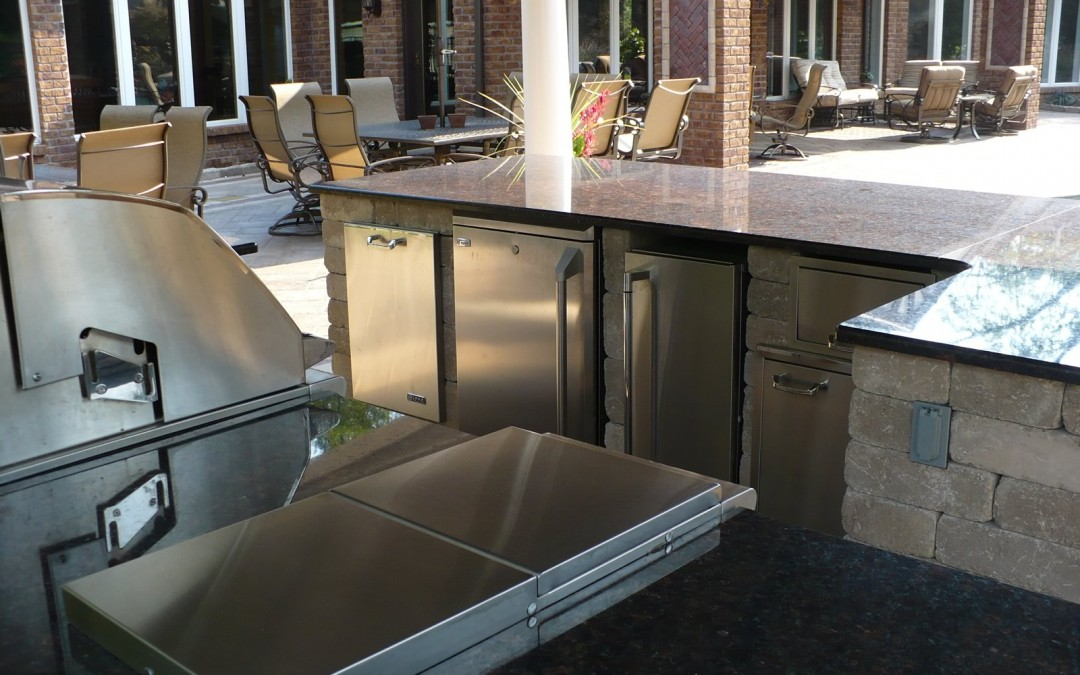 Ten Ideas for a Gorgeous Outdoor Kitchen
