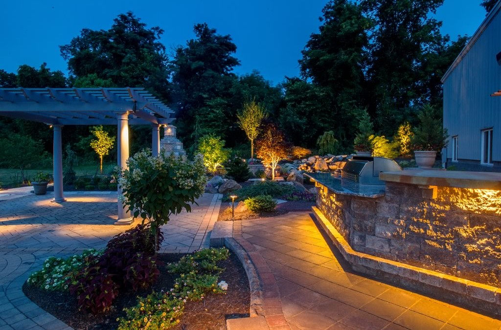 Our Top Cool-Weather Outdoor Lighting Ideas
