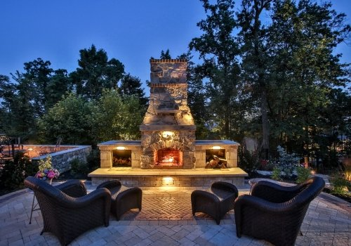 Hot Outdoor Living Trends for the Cooling Weather